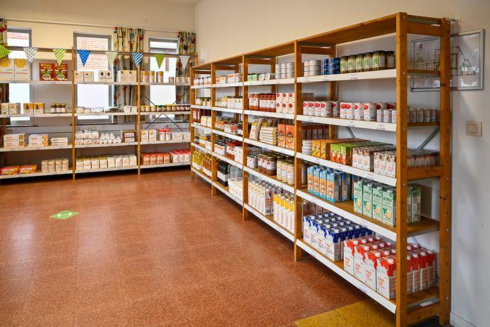 In de kruidenier staan voornamelijk Everyday-producten van Colruyt, maar dan nog goedkoper.