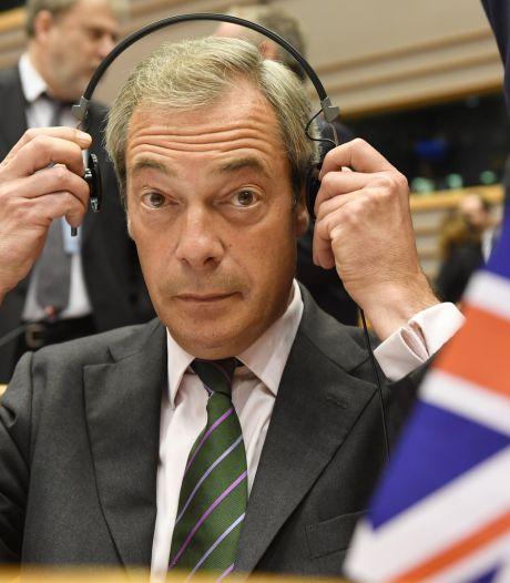 """Farage au Parlement européen: """"Vous ne riez plus maintenant, hein?"""""""