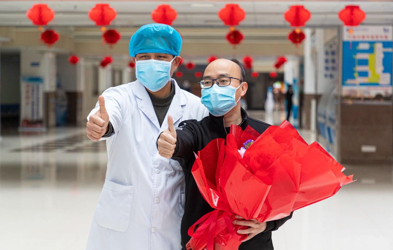 De eerste coronapatiënt van de zuid-Chinese provincie Fujian is genezen verklaard en wordt begin februari ontslagen uit het ziekenhuis. Beeld Getty Images
