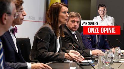 """Onze opinie. """"Het is veilig schuilen achter de brede rug van Marc Van Ranst, maar beste politici, beslis zelf ook eens iets"""""""