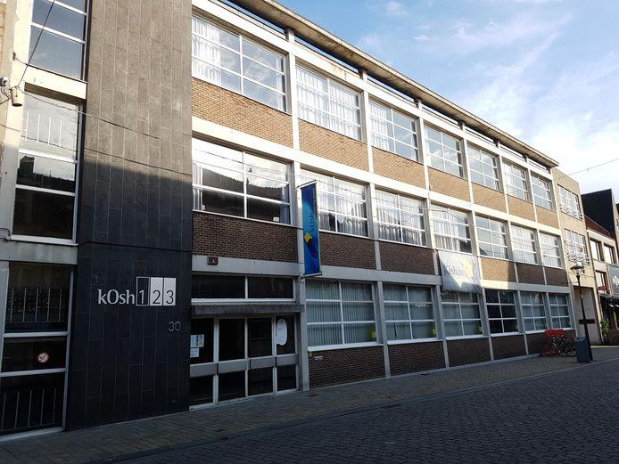 Het voormalige pand van kOsh wordt vanaf begin december 'Upstores City'.