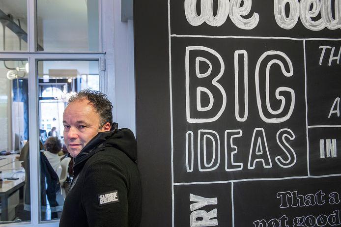 Lodewijk Varossieau, van het Bredase communicatiebureau SuperRebel: ,,Juist in deze tijd zijn we creatiever dan ooit. Dat moet ook wel.''
