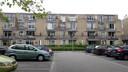 De 72-jarige man werd dood gevonden in een appartement op de derde verdieping.
