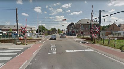 Spooroverweg Stationsstraat-Misstraat krijgt geluiddempende bovenbekleding