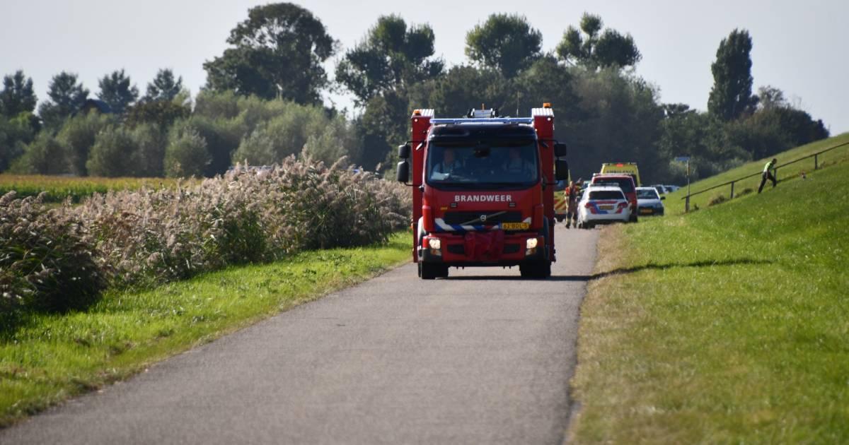 Wielrenner zwaargewond bij verkeerongeluk in Walsoorden.