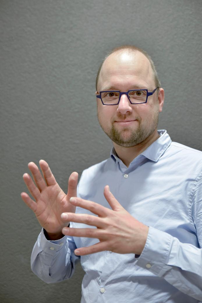 Onno Crasborn, hoogleraar Nederlandse gebarentaal aan de Radboud Universiteit in Nijmegen.