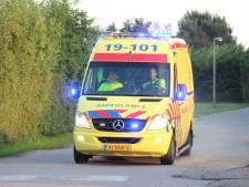61-jarige vrouw op scootmobiel belandt in sloot na botsing in Tholen