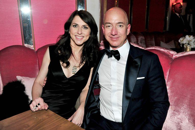 Jeff Bezos en MacKenzie Bezos-Tuttle tijdens betere dagen. Beeld AFP