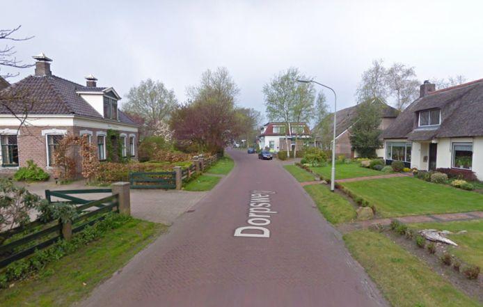 De bus rijdt niet meer door de Dorpsweg in Donderen