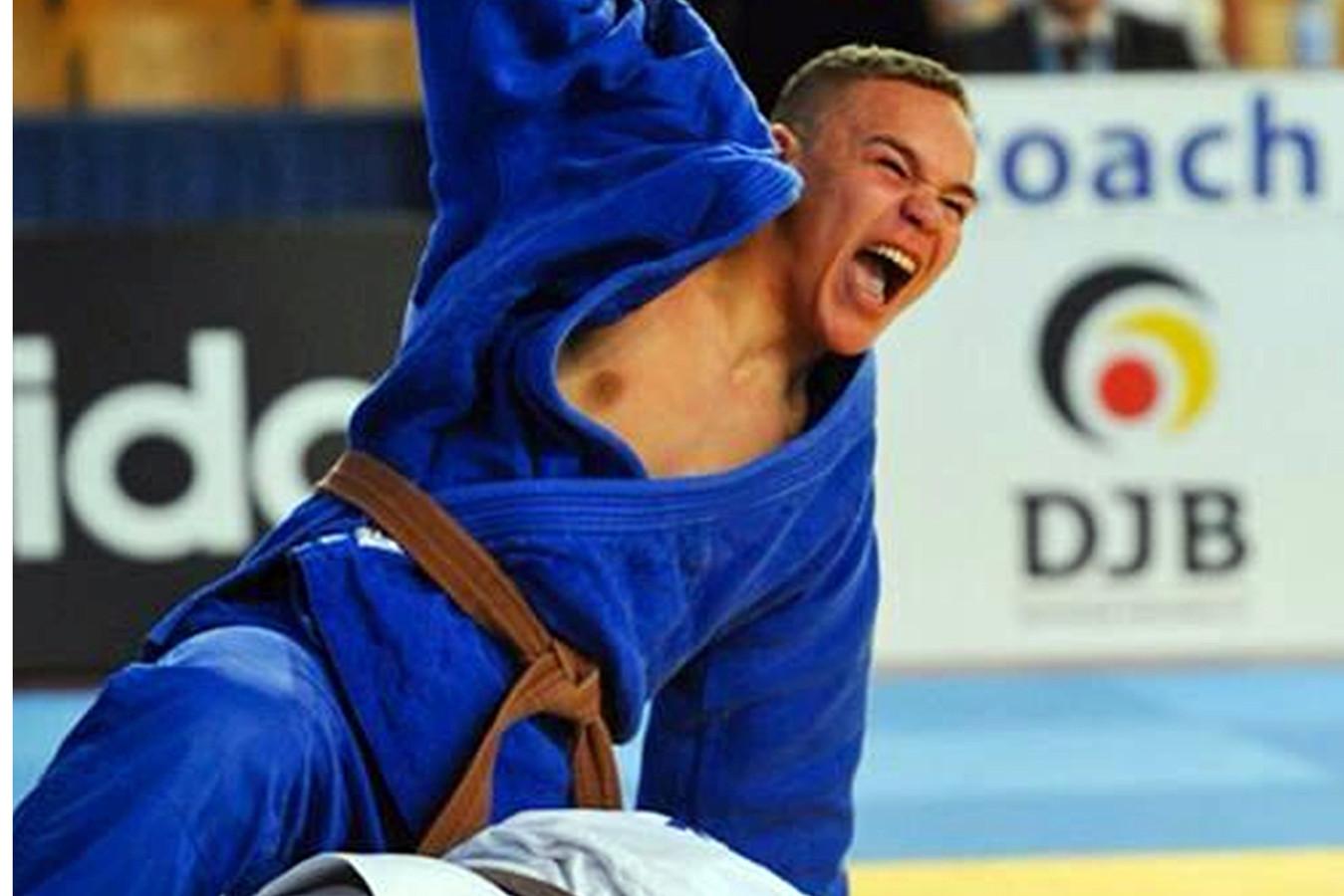 Simeon Catharina na zijn gouden duel tijdens European Cup in 2013.