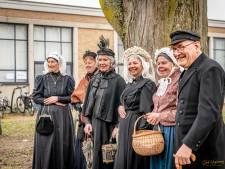 Boek Tweestromenland wil historische streekdracht tot leven brengen: 'Het wordt tijd om daar de eer aan te geven die ze verdient'