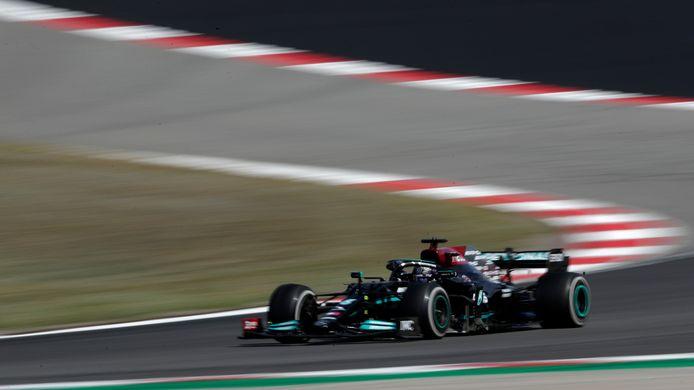 Lewis Hamilton remporte un Grand Prix du Portugal indécis.