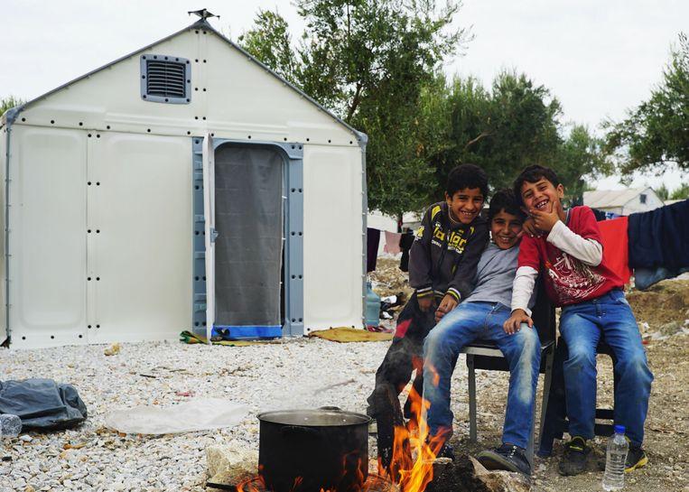 De noodwoningen zijn goedgekeurd door het vluchtelingenagentschap van de VN.