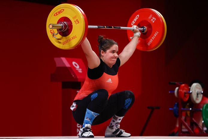 Anna Van Bellinghen werd elfde, met een totaal van 219 kilogram (96 kilogram in het trekken en 123 kilogram in het stoten).