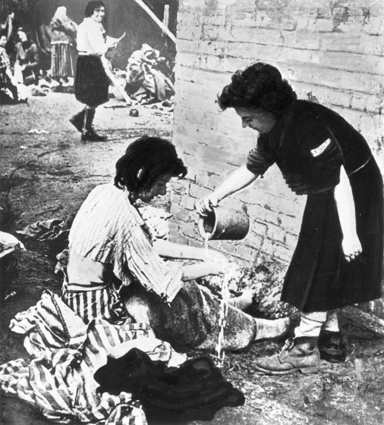 Het concentratiekamp Ravensbrück, 'waar moedige vrouwen die voor de vrije meningsuiting opkwamen werden opgesloten, mishandeld en omgebracht', schrijft Heimans.  Beeld Süddeutsche Zeitung Photo