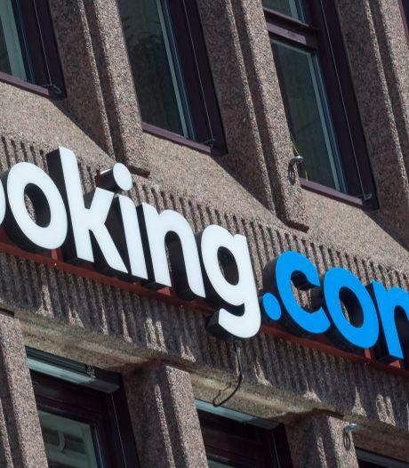 Hotelsite Booking wil miljoenenbonussen voor top na rampjaar 2020