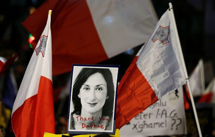 De populaire blogster Daphne Caruana Galizia werd in oktober 2017 vermoord met een autobom.