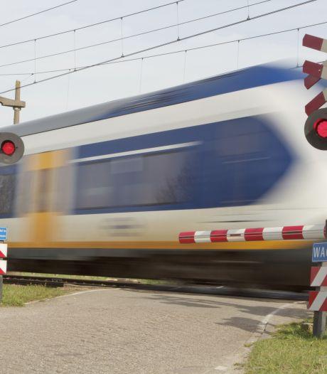 Treinverkeer tussen Breda en Roosendaal hervat na ongeluk met persoon bij Hoeven