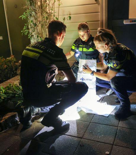 Bloedsporen aangetroffen in voortuin Eindhoven na ruzie: 'Kliko's omver gegooid en hard geschreeuwd'