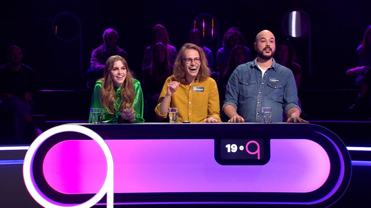Popquiz; seizoen 1, aflevering 1 op donderdag 1 april 2021 bij VTM. Op de foto: Bab Buelens, Thibault & Laurent Beeld VTM