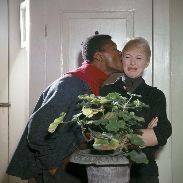 Donald Jones en Adèle Bloemendaal. Beeld Louis van Paridon