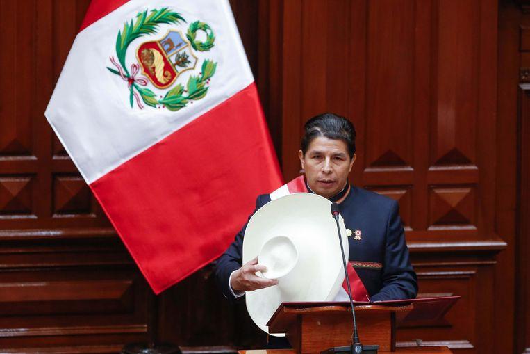 Pedro Castillo tijdens zijn eedaflegging. Beeld EPA