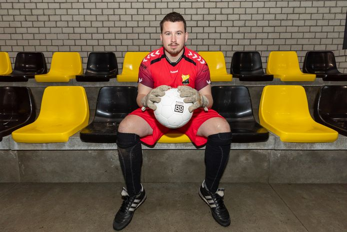 De nieuwe Be Ready-keeper Coen Burg: ,,Ik mis zaalvoetbalclub ZVG nog steeds.'' FOTO JANNOORLANDT
