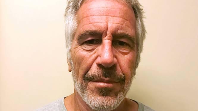 """Nieuw boek ontleedt het netwerk rond seksueel roofdier Jeffrey Epstein: """"Hij huurde ex-agenten in om de meisjes bang te maken"""""""