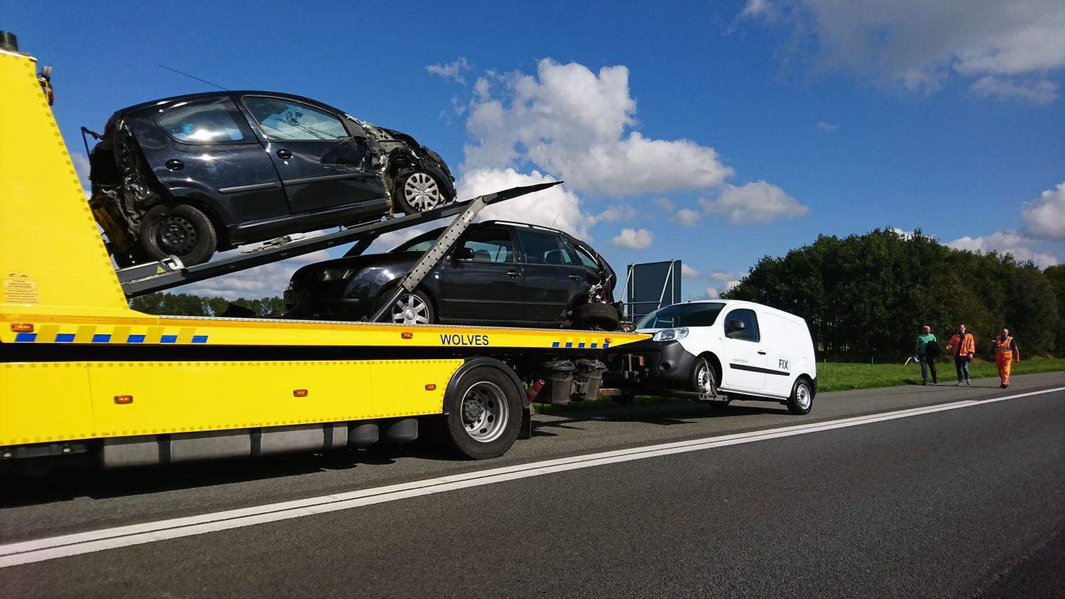 De berger nam na het ongeluk drie auto's mee.