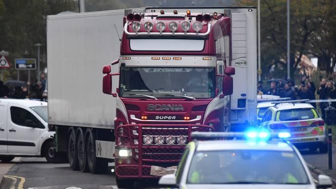 Man gearresteerd die omgekomen migranten in koelcontainer van safehouse in Anderlecht naar locatie bij Belgisch-Franse grens vervoerde