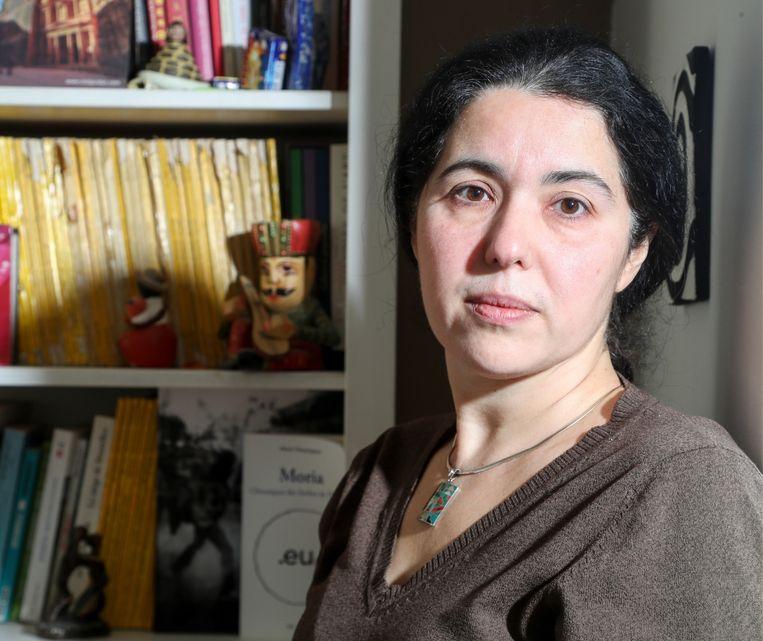 Advocate Selma Benkhelifa: 'Waarom zit de getuigenis van de spoedarts niet in het dossier? Ik vraag al maanden dat die man wordt geïdentificeerd.' Beeld