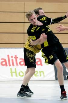 Handballer Dennis Vesters wil slagen bij Houten: 'Ik leef als een topsporter, train bijna elke dag en lig vaak vroeg op bed'