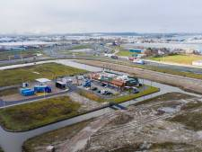 Bestuur vreest: 'Derde Polenhotel op Honderdland in Maasdijk nog steeds niet van de baan'