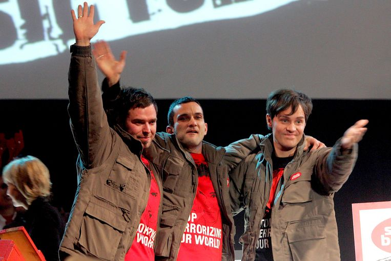 Na de allereerste Music For Life-actie in december 2006. Vlnr: Tomas De Soete, Christophe Lambrecht en Peter Van de Veire.
