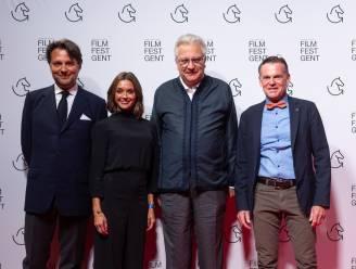 IN BEELD. Opvallend slanke prins Laurent en Jan Jambon voor het eerst met echtgenote op Film Festival Gent