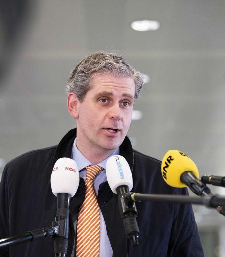 Kolff: 'Winkels later open dan nu in het stappenplan staat is logischer'