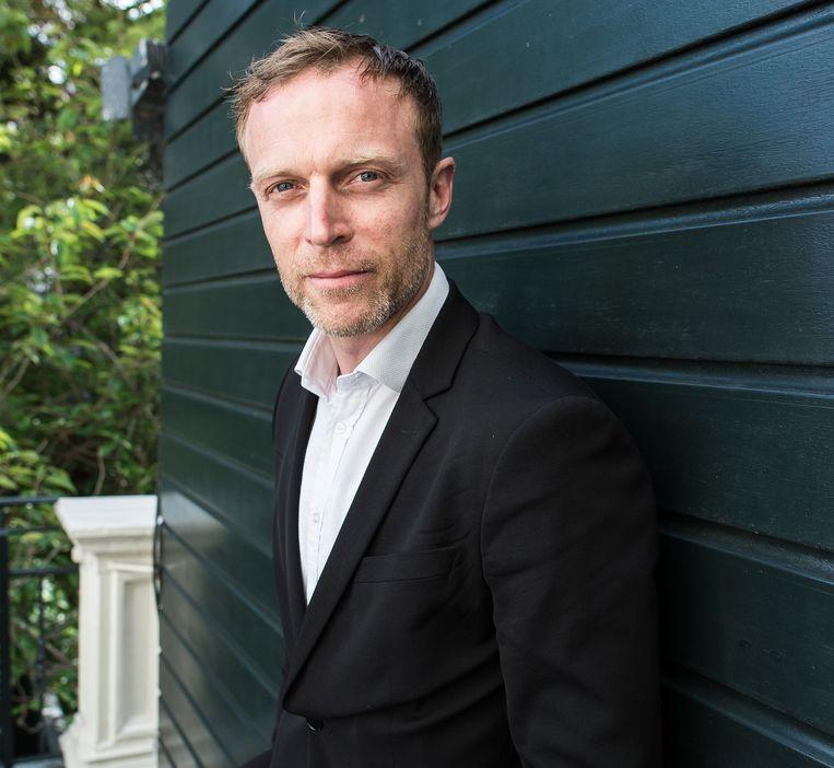 Jakop Ahlbom is een groot liefhebber van fysiek theater. Hij gebruikt lichamen 'zoals een schilder verf'. Beeld Mats van Soolingen
