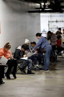 Les demandes d'allocations de chômage grimpent en flèche aux États-Unis