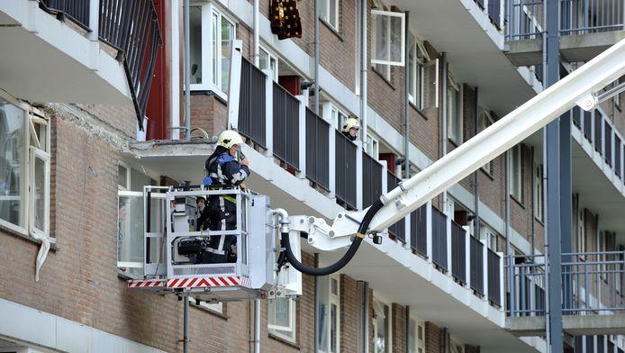Bij een wooncomplex aan de Antillenweg in Leeuwarden stortte in 2011 vijf lagen van een galerij in