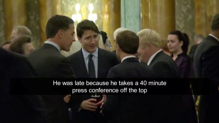 Canadese premier Justin Trudeau spreekt met de president van Frankrijk Emmanuel Macron, premier Boris Johnson en  premier Mark Rutte. Beeld CBC via REUTERS