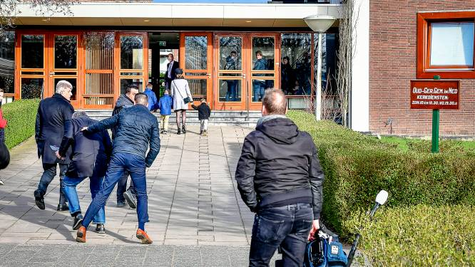 Mieraskerk reageert na mishandeling journalist voor de deur: 'We betreuren het incident'
