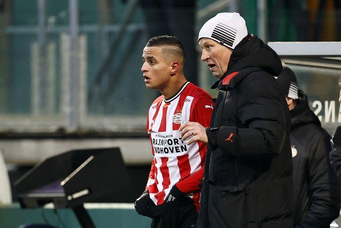 Mohamed Ihattaren en trainer Roger Schmidt eerder dit seizoen.