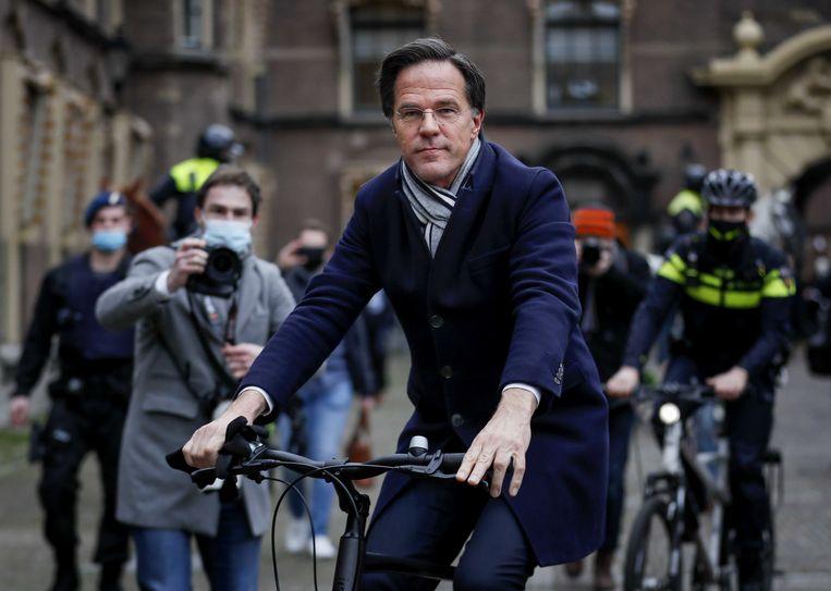 Demissionair premier Mark Rutte na de ministerraad over de toeslagenaffaire op het Binnenhof.  Beeld ANP