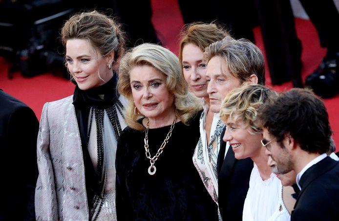 Melissa George, Catherine Deneuve, Emmanuelle Bercot, Benoit Magimel, Cécile de France