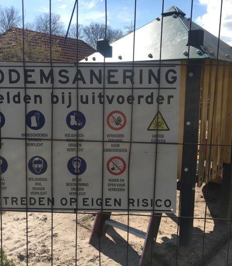 Asbest gevonden in Markelose speeltuin: vervuilde grond wordt afgevoerd