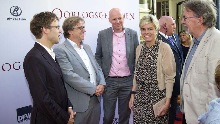 Prinses Laurentien van Oranje met Jacques Vriens (R), schrijver van het boek, op de rode loper Beeld anp