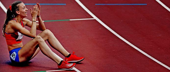 Ontlading bij Femke Bol na haar bronzen race.