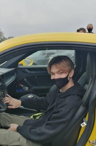 """Samuel (18) met Make A Wish voor één dag copiloot in een rallywagen: """"In mijn hoofd ben ik nog altijd met alle snelle dingen bezig"""""""
