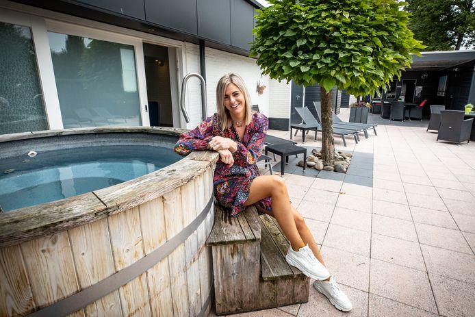 Annemiek Wassink uit Wierden voelt zich herboren na een bezoek aan de hammam van het Aparthotel in Delden.