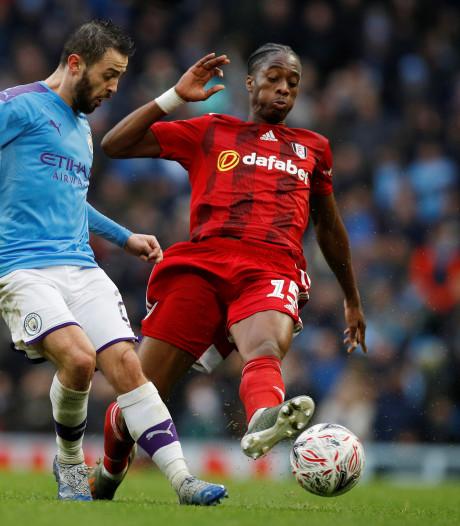 Kongolo na debuut voor Fulham: 'Voelde zo goed om weer op veld te staan'